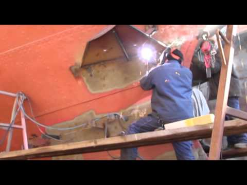 Welding in a dry dock
