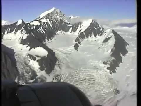 THE SIGHT & THE SOUND 18/19 : Era Classic DC-3 N1944M documentary of scenic flight over Alaska