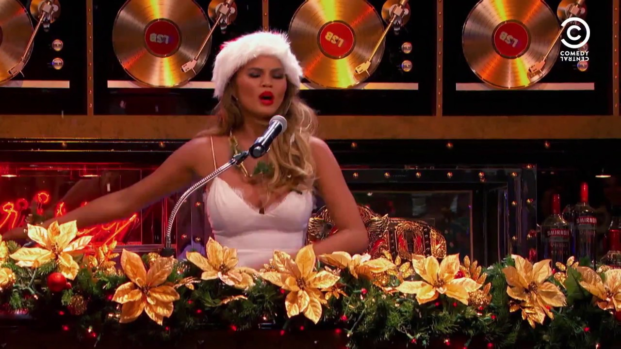 A Very Lip Sync Christmas - Lip Sync Battle | Comedy Central - YouTube
