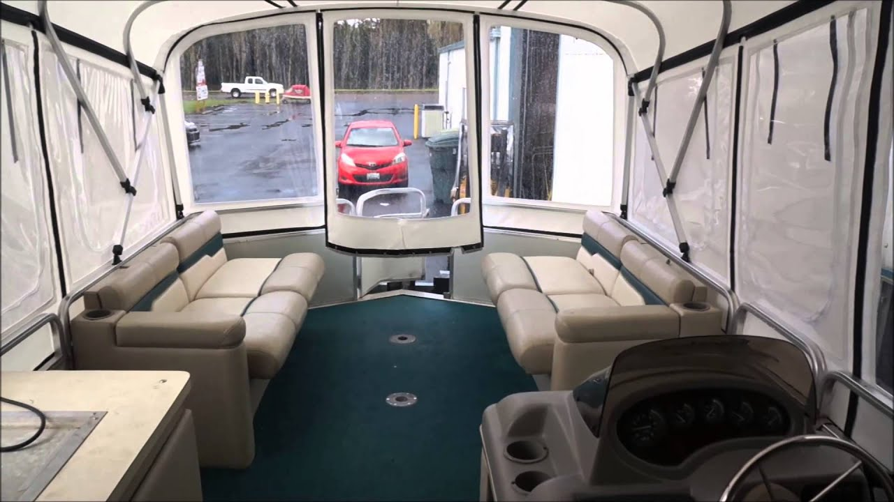 Sun Tracker 32 Foot Party Cruiser Enclosures Youtube