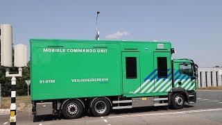 Mobiele Commando Unit (MCU) onderweg naar zeer grote brand in Blijham
