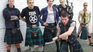 The Real Mckenzies - Ye Banks and Braes