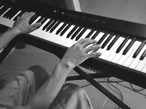 Como La Flor ( Version lento - Selena) piano facil