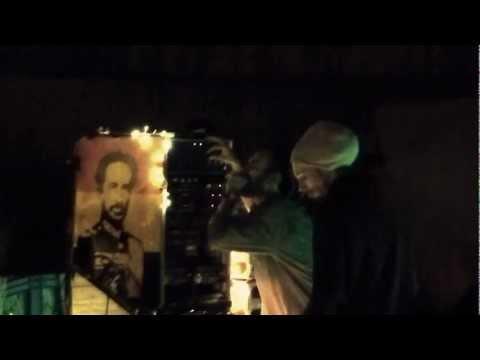 """Caen Dub Order #1 - Leones Humildes ▶ Bob Skeng """"Education"""" ②"""