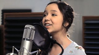 TOP 10 FEMALE YOUTUBE SINGERS 2013 (MEDLEY)