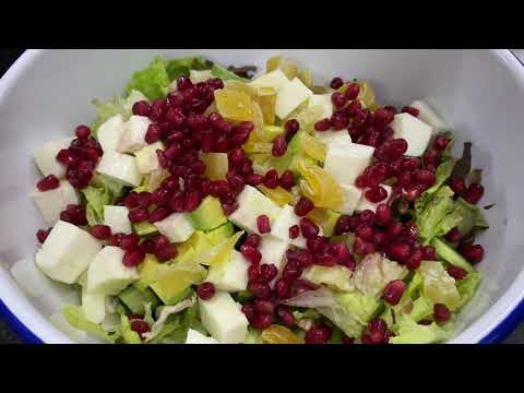 A Quick Idea for Your Healthy Dinner: Superfood Salad!
