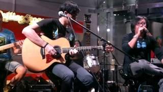 Andra and The BackBone Feat Ari Lasso n Yuke_Kamulah satu satunya