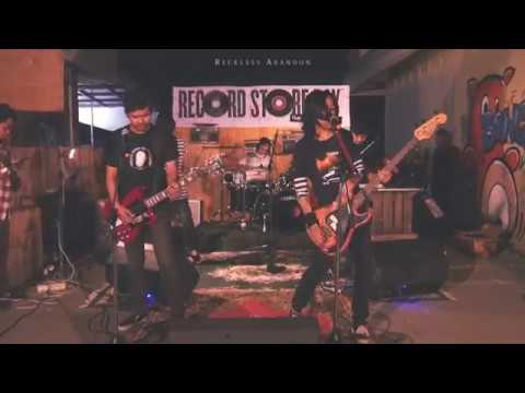 RECKLESS ABANDON - DISTORTED SAGA LIVE at RECORD STORE DAY #cahpterlombok