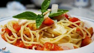 484 - Spaghetti estivi al pomodoro crudo..e poi ti spogli nudo! (pasta rinfrescante genuina leggera)