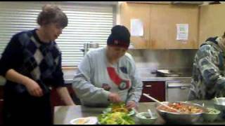 Making Tofu Tacos At Community Cooking Class At Lifeskills Centre In Vancouver Dtes.mp4