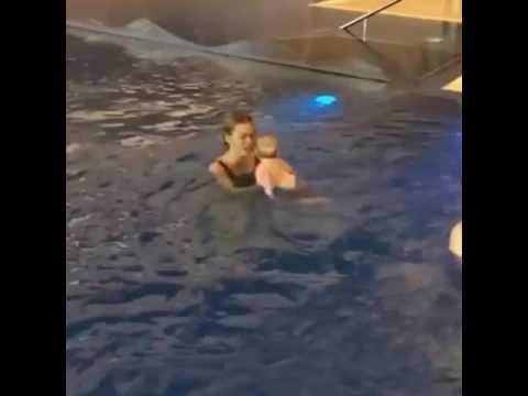 Анна Хилькевич с  дочкой