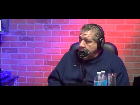 Joey Diaz Talks About Creepy Drug Hotels