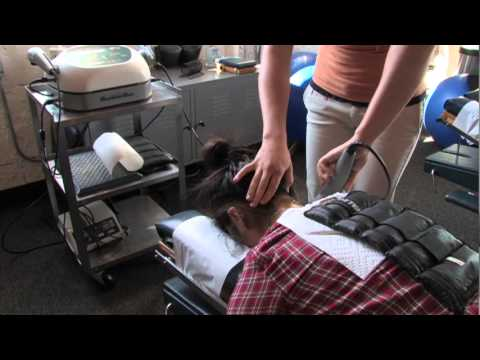 Ultrasound Therapy in use at Lyn Lake Chiropractic - YouTube