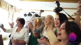 Пирамида шампанского на свадьбу от 5.000 рублей в Санкт-Петербурге