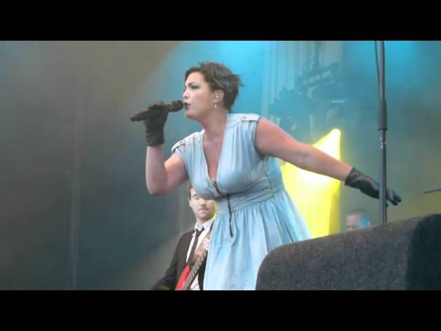 ParkCity Live 2011 - Caro Emerald