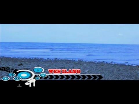Vita Alvia - Wes Ilang - [Official Video]