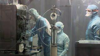Вакцины от коронавируса должны остановить пандемию COVID 19 надеются ученые во всем мире