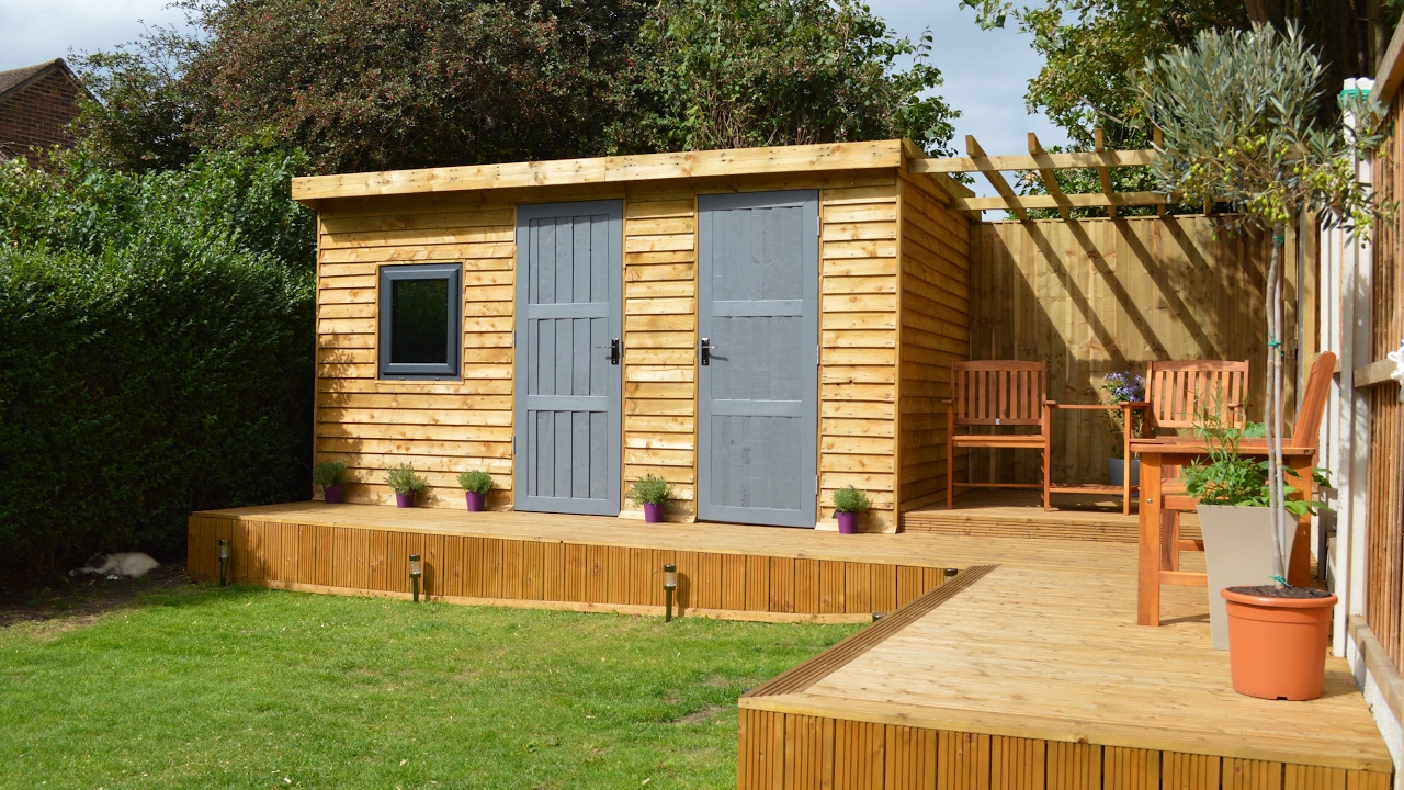 Garden sheds wirral wirral sheds strong sheds summerhouse for Garden shed gym