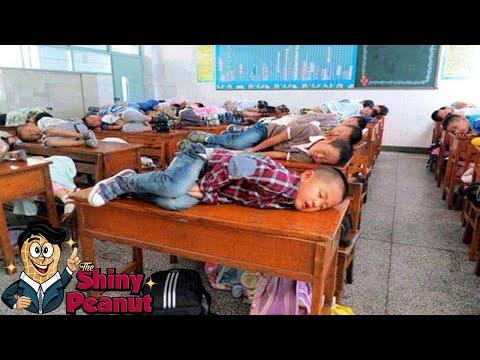Dari Wajib Tidur Sampe Dilarang Menyentuh? 7 Peraturan Sekolah Teraneh