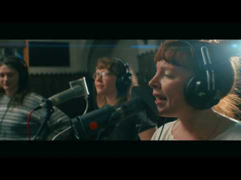 Sylvan Esso: Die Young | Echo Mountain Sessions