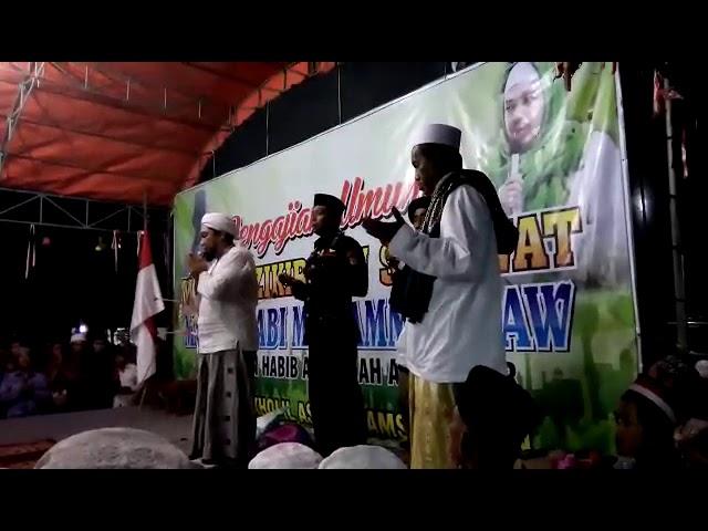 KHR.MOH.KHOLIL bersama KHR.ACH.AZAIM IBRAHIMY