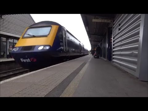 (LEGEND) Great Western Railway Class 43 HST No. 43137 And 43037 Passes Bristol Parkway with 5 Tone!