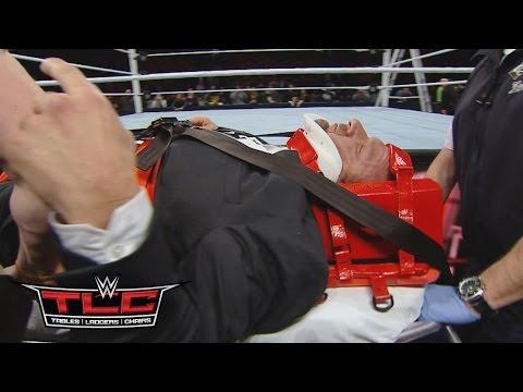 Triple H Wird Von Sanitätern Aus Der Halle Gefahren: WWE.com Exclusive – 13. Dezember 2015