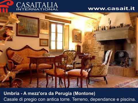 Vendita casali e ville umbria antico casale in vendita for Casali ristrutturati interni