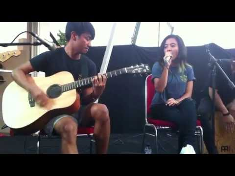 Killing Me Inside - Jangan Pergi (Acoustic) Live at Starcross Jogja