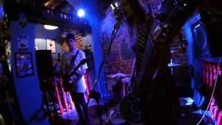 Metal Beaches - She Lied (The Rockin
