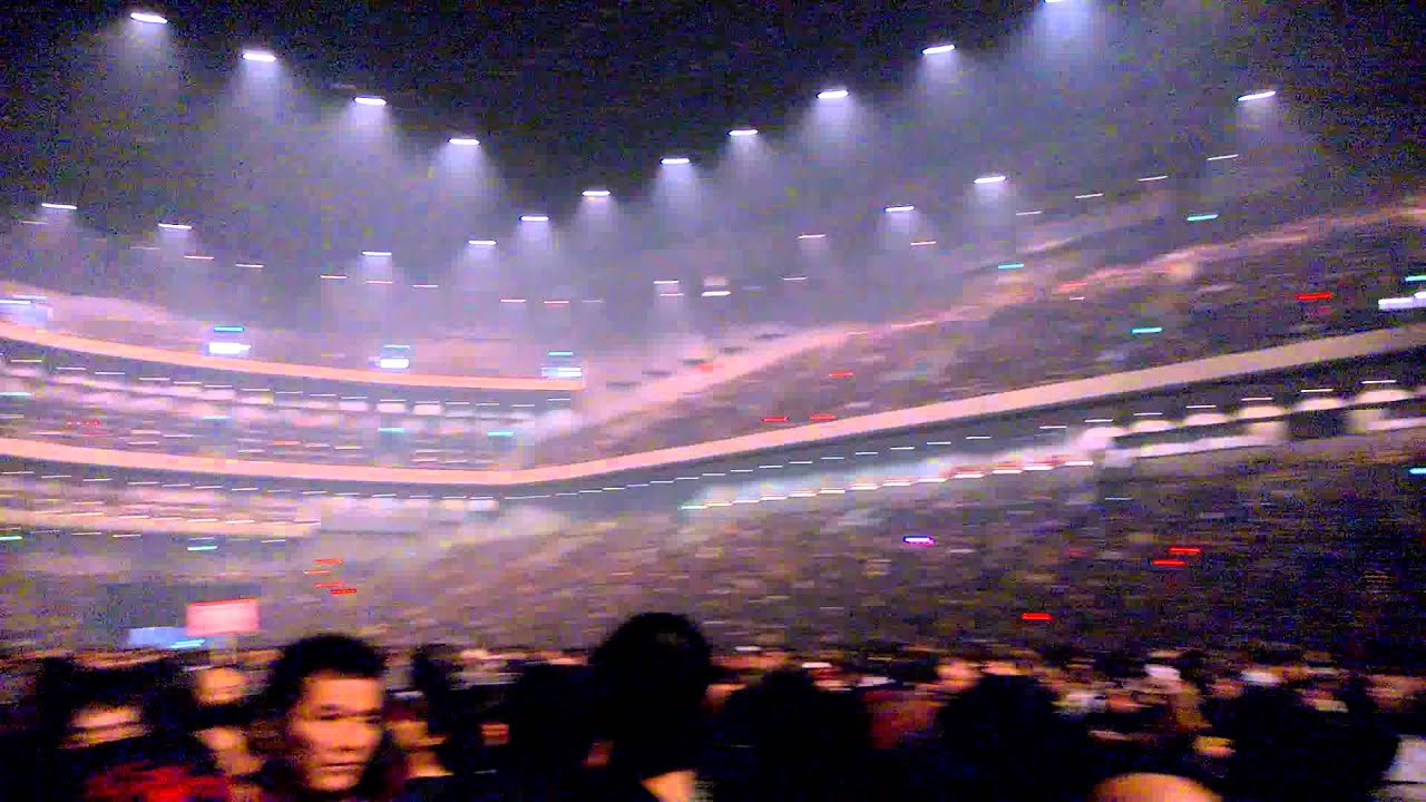 Babymetal - 15 minutes before the show - Saitama super arena - YouTube