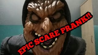 EPIC SCARE PRANK ON MY BROTHER!!