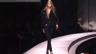 """Versace"" Autumn Winter 2003 2004 Milan 2 of 3 Pret a Porter Woman by Fashion Channel"