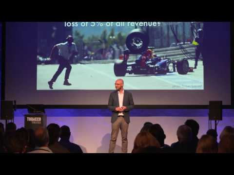 Management lessons from Formula 1 - keynote by Jurriaan Kamer