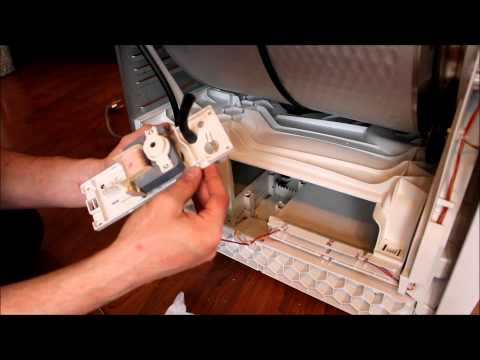 "How to fix Siemens Tumble dryer ""Beeps and stops"" ""Dryer indicates water full""из YouTube · Длительность: 3 мин40 с"