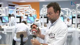 A la découverte du laboratoire de formation préclinique des futurs dentistes