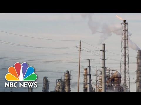 Texas' Underregulated Energy Grid Responsible For Millions Without Heat, Electricity | NBC News NOW