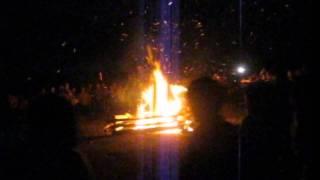 Đêm lửa trại rừng thiêng sông núi .mp4