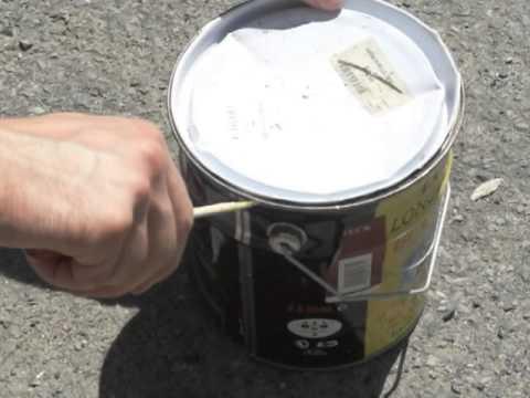 enlever le couvercle d' un pot avec un tournevis - youtube