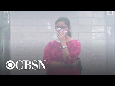 New Delhi's air pollution level triggers health emergency thumbnail