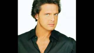 Watch Luis Miguel No Me Fio video