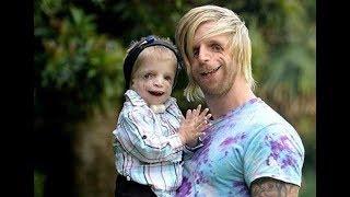 Sus Padres decidieron abandonarlo al nacer y un millonario lo adoptó  No creerás lo que hace con el thumbnail