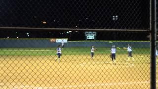 HIGH SCHOOL в Америке Старшеклассницы играют в бейсбол