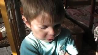 Семья Бровченко. Эффективный способ, как научить ребенка не перебивать.(Любой ребенок хочет быть услышанным. Дайте ему уверенность в том, что вы выслушаете его, и он перестанет..., 2014-03-08T17:12:30.000Z)