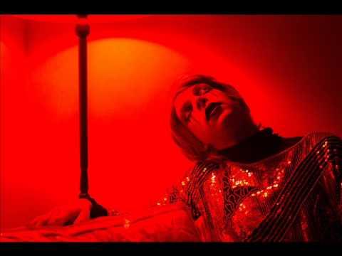 Drab Majesty- Everything So Sentimental