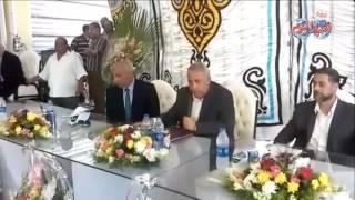 محافظ الشرقية يلتقى بجماهير الحسينية لسماع شكواهم