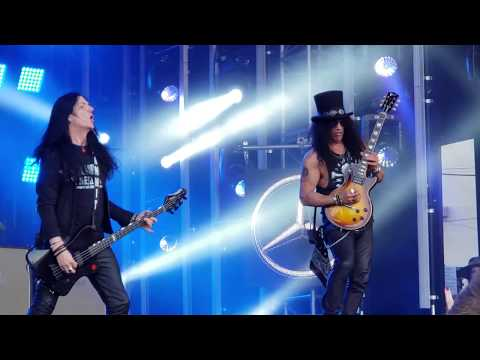 World on Fire, Anastasia Slash ft. Myles Kennedy and The Conspirators on Jimmy Kimmel LIVE! 9/12/18