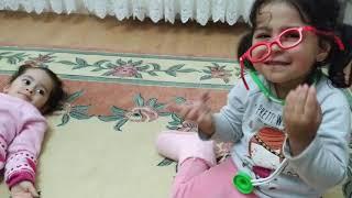 Ayşe Ebrar Bavullu Doktor Seti İle Aseli Muayene Etti. Ona İğne Yaptı. Eğlenceli Çocuk Videosu