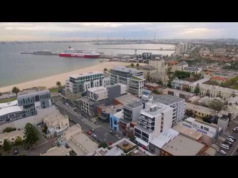 The Hamptons Apartments - Port Melbourne Showcase