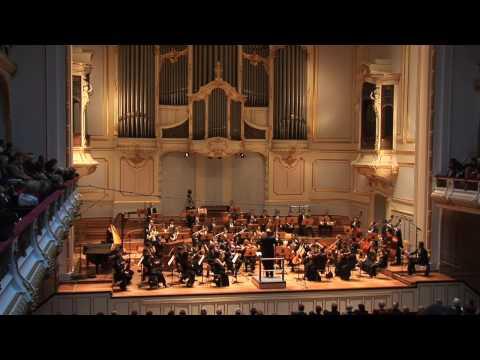 Tchaikovsky Nutcracker Suite - 3  'Sugar Plum Fairy'  * Volker Hartung & Cologne New Philharmonic
